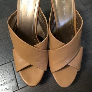 NUDE COLOR   BCBGENERATION HEELS   USED